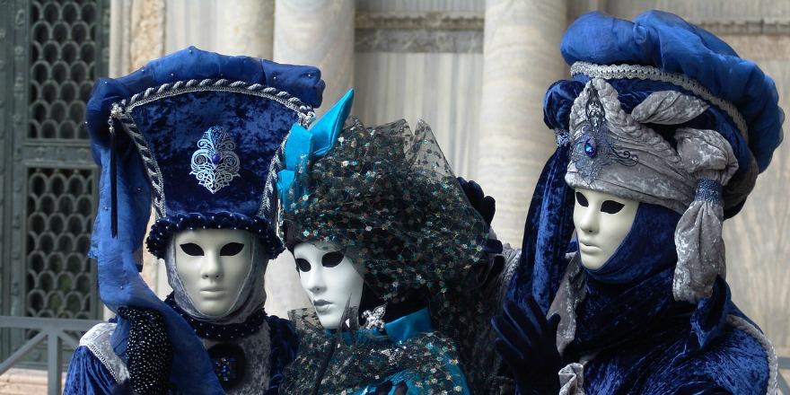 Karnawał w wielkim stylu – podróż do tajemniczej Wenecji