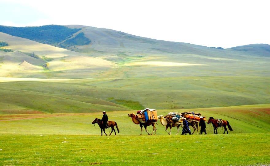 karawana-w-mongolii-aina-travel