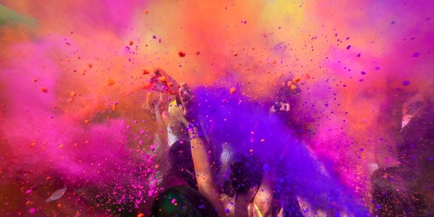 Holi – czyli indyjskie święto wiosny i kolorów
