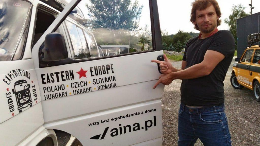 Nasza firma pomogła chłopakom wyrobić niezbędne wizy do Rosji i na Białoruś oraz załatwić obowiązkowe ubezpieczenie.