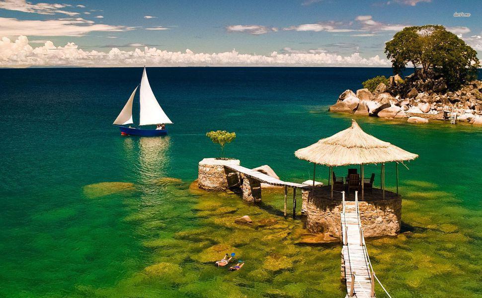 Malawi to kraj dla tych, którzy marzą o odpoczynku nad wodą.