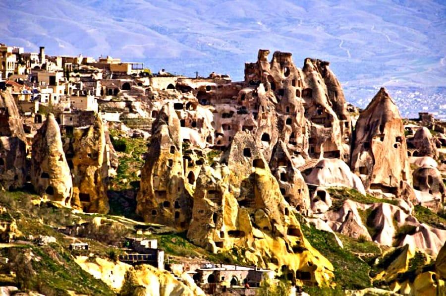 Turecka Kapadocja gwarantuje niesłychane krajobrazy.