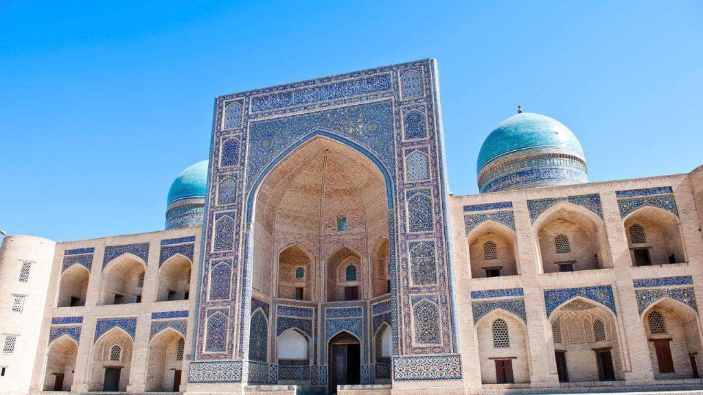 Uzbekistan słynie z meczetów o pięknej ornamentyce.