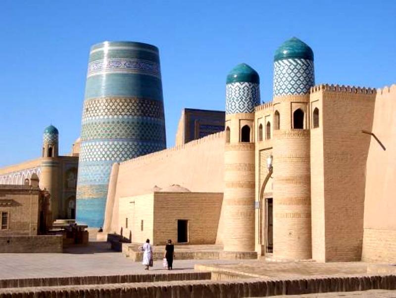 Nikt nie oprze się pięknu architektury uzbeckich miast.