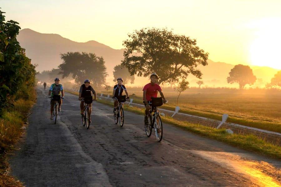 Rowerem przez Mjanmę