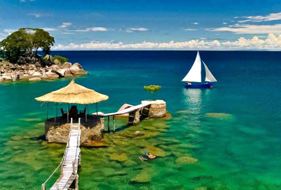 Malawi to nie tylko bogactwo fauny, ale również raj dla miłośników wody.