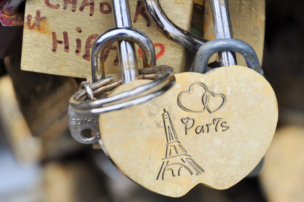 paryz-blog-aina