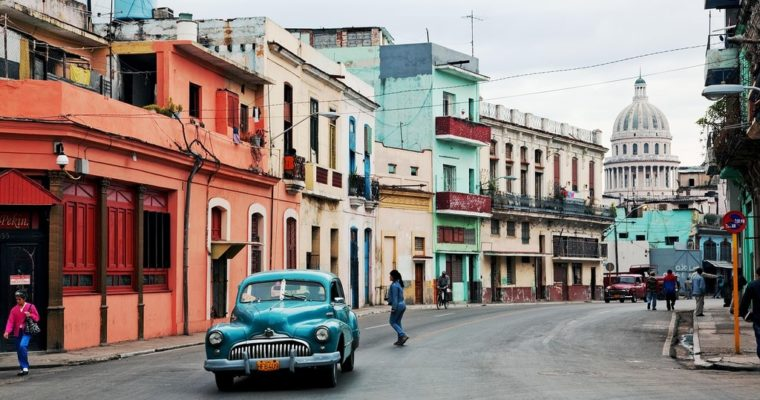 El Polaquito na drogach, a w dłoni cygaro i mojito – Kuba bez tajemnic