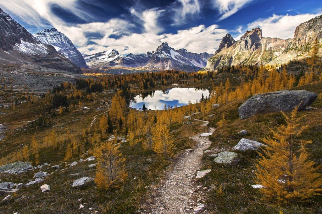 10-najpiekniejszych-parkow-narodowych-w-kanadzie